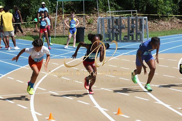 2017 UAG Invit_Girls 100m