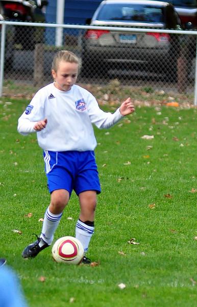 plainville u-11 girls soccer 10-17-10-074.jpg