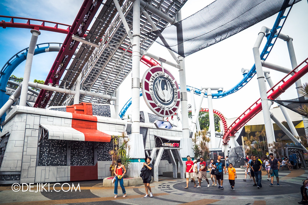 Universal Studios Singapore - Park Update September 2016 / Battlestar Galactica middle