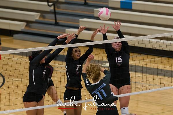 2018-10-02 Tualatin Volleyball vs Lakeridge