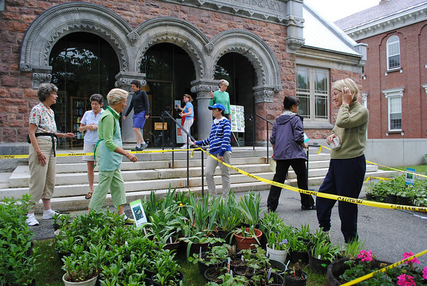 Woodstock Garden Club Plant Sale, 2011