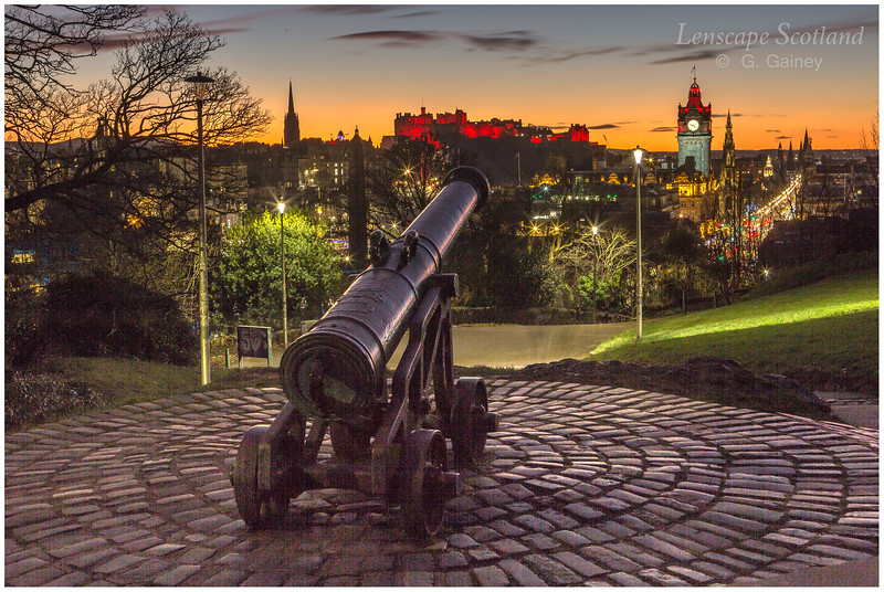 Edinburgh Castle and central Edinburgh from Calton Hill at dusk (12)