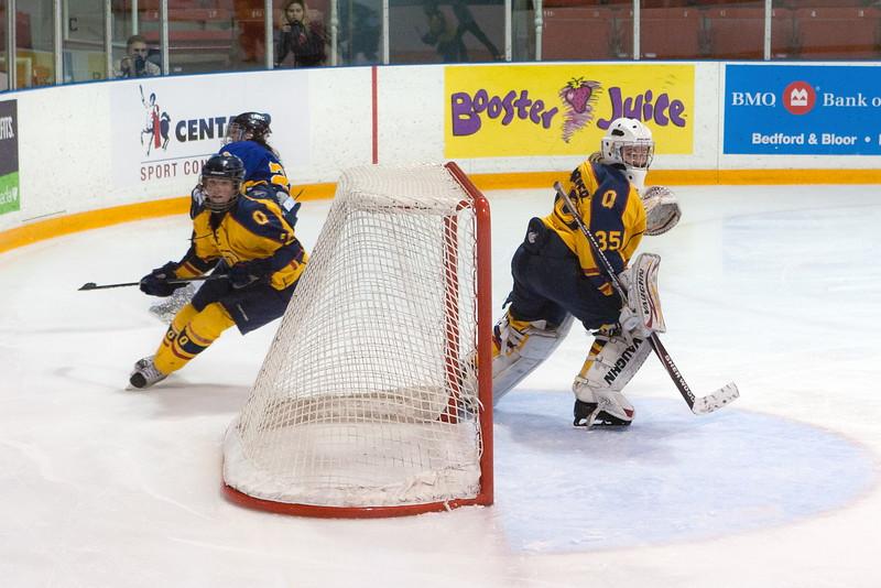 20130310 QWHockeyvsUBC 697.jpg