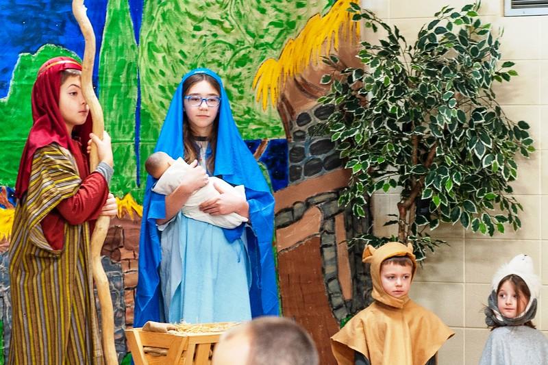 20191209 Faith Children Advent Family Gathering-8006-3.jpg