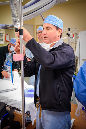 Prepping OR for Patients, Anesthesia Machine, Drugs