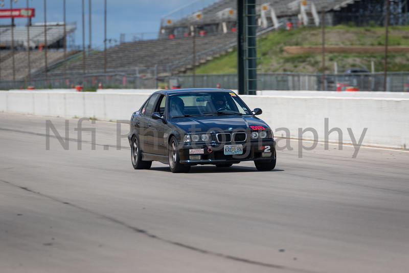 Flat Out Group 3-170.jpg