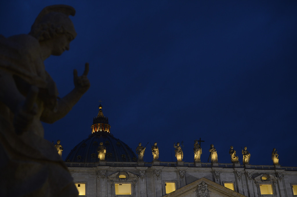 . A picture shows statues on the St Peter\'s basilica during the conclave on March 12, 2013 at the Vatican.    AFP PHOTO / FILIPPO MONTEFORTE/AFP/Getty Images