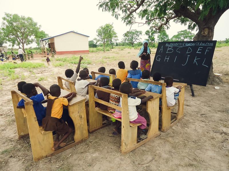 School under a tree Ghana 6-15.jpg
