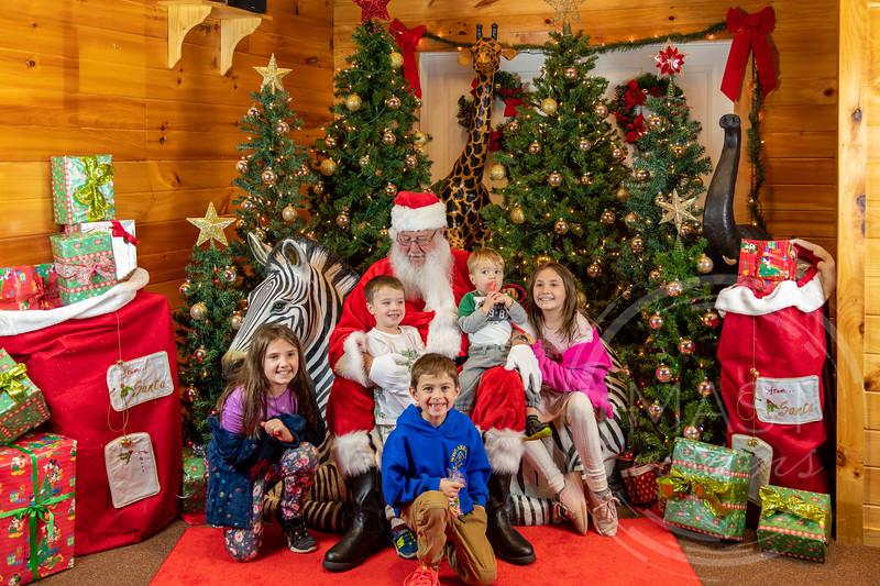 2019-12-01 Santa at the Zoo-7594.jpg