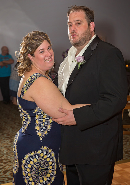 Bride and Groom dancing at the end of the night.jpg