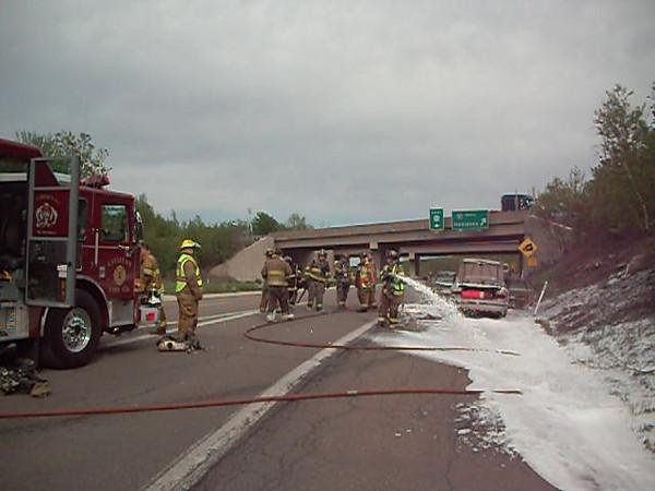 mahanoy township vehicle fire2 5-7-2010 001.AVI