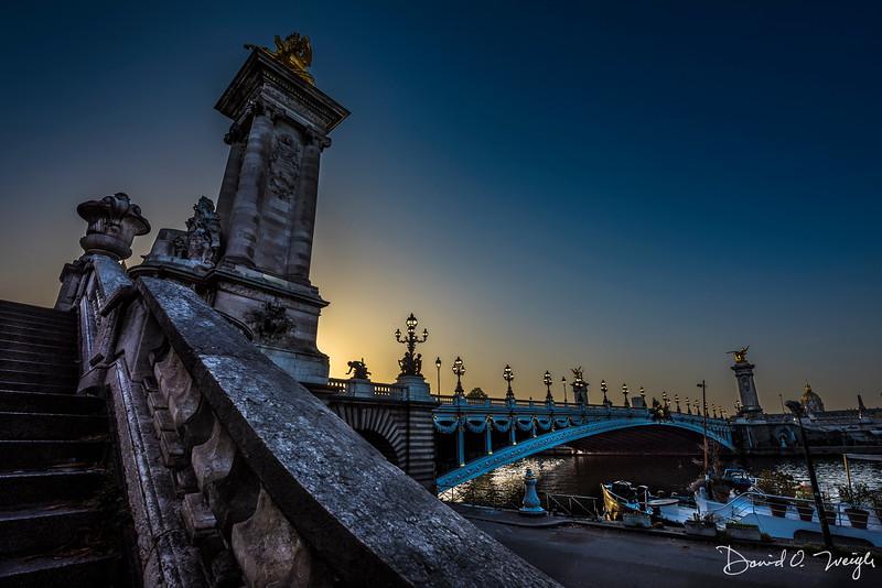 Pont Alexandre III Sunrise PC.jpg