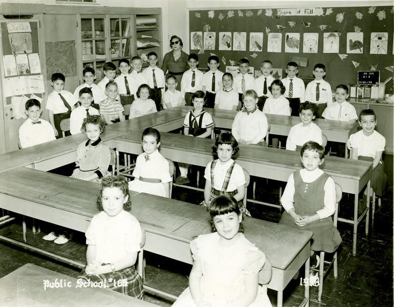 Susan Class Picture 1958.jpg
