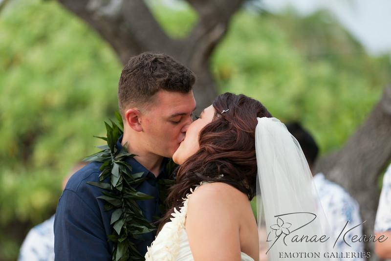 171__Hawaii_Destination_Wedding_Photographer_Ranae_Keane_www.EmotionGalleries.com__140705.jpg