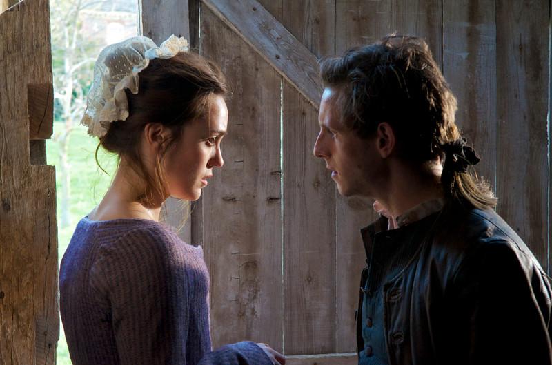 ". Anna Strong (Heather Lind) and Abraham Woodhull (Jamie Bell) in \""Turn\"" Season 1, Episode 1 (Photo by Antony Platt/AMC)"