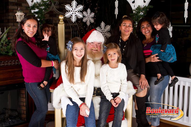 Santa Dec 8-120.jpg