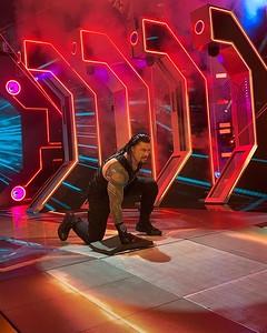 Roman Reigns - Fan Candids / SD Live Oct 4, 2019
