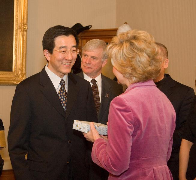 2007_china_delegation_statehouse_tour_lt_gov_0251.JPG