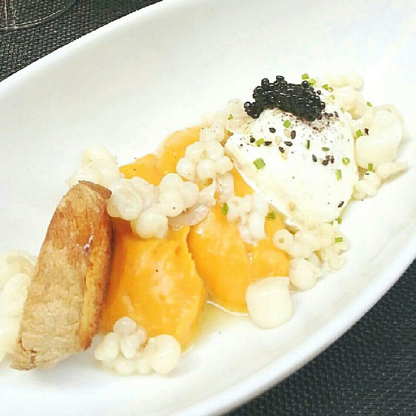 New_favourite_dish_in_Girona_cremos_de_moniato_amb_cardamom__ou_poche_i_calamars._Or_known_to_me_as_amazing_butternut_squash_with_a_poached_egg_and_calamari..jpg