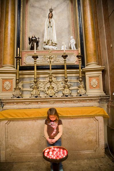 A child looking at candles, Encarnaçao church, Lisbon