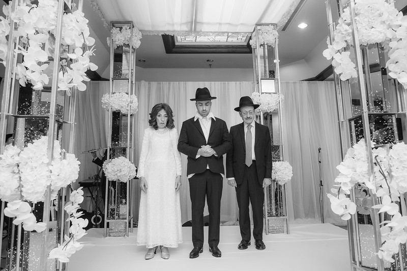 Miri_Chayim_Wedding_BW-527.jpg