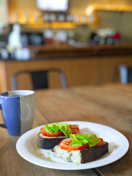 merida manifesto cafe avocado toast-6.jpg