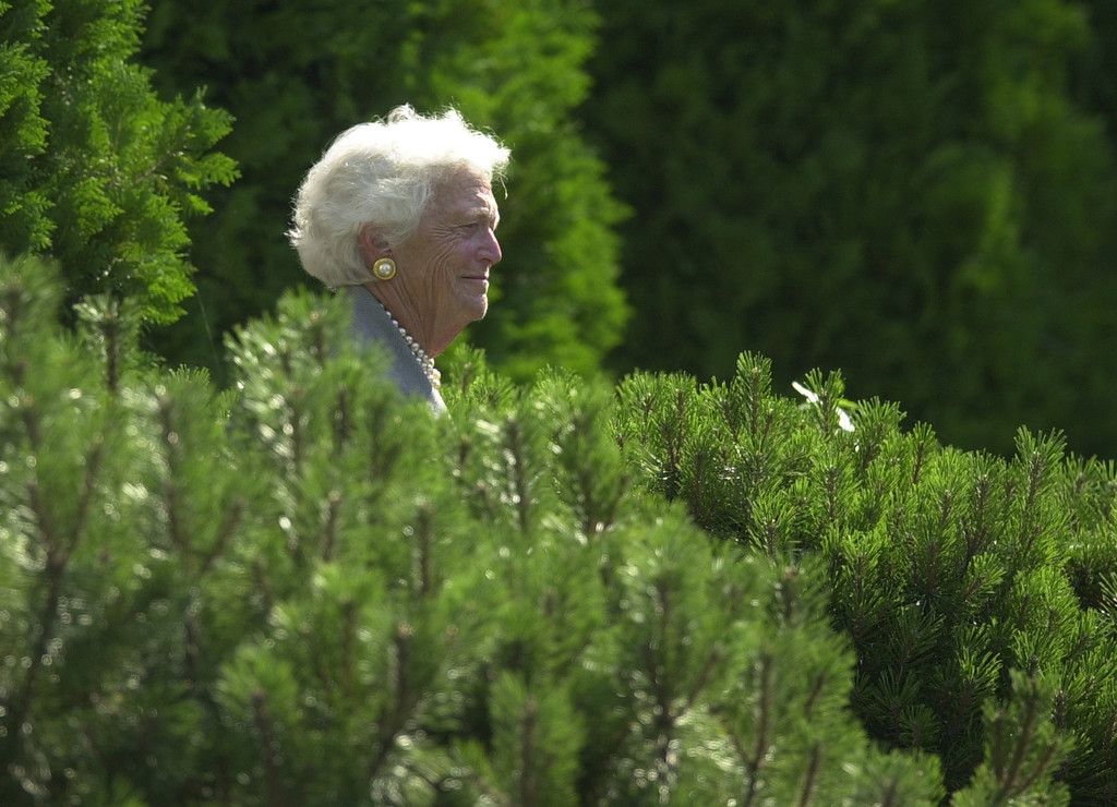 . Former first lady Barbara Bush leaves the First Congregational Church after attending church with her son, President Bush, Sunday, Aug. 4, 2002, in Kennebunkport, Maine.  (AP Photo/Steven Senne)