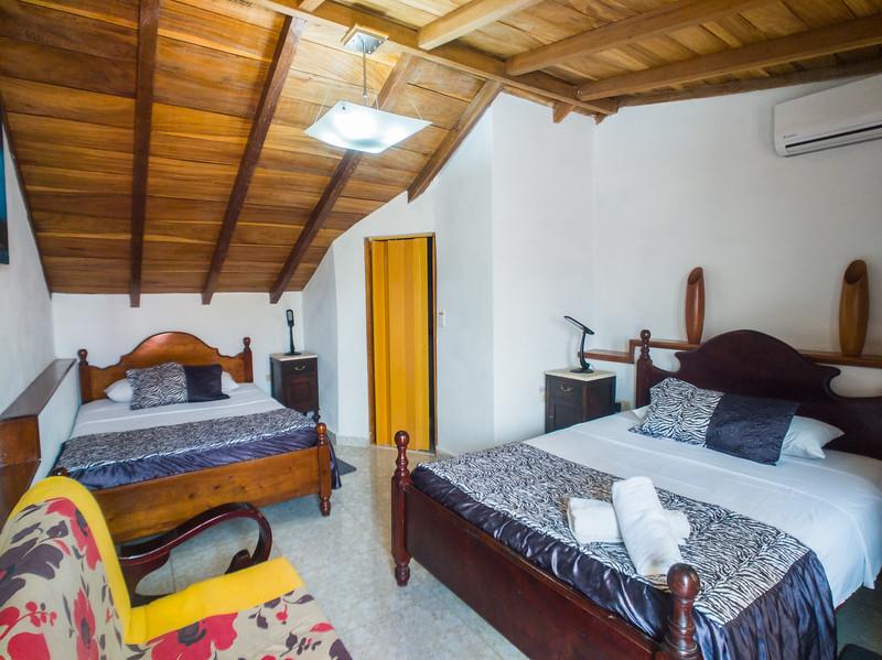 Trinidad casa particular milagro.jpg