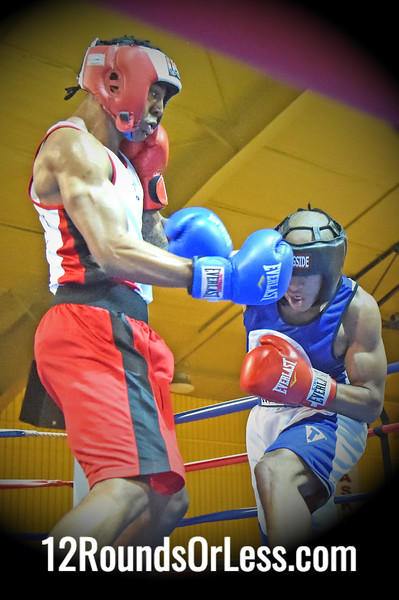 Bout 12 Melvin Thompson, Blue Gloves, Untouchable BA -vs- Devante Moore, Red Gloves, Iron Fist BC, 165 lbs, Novice, 2 Min. Rds.