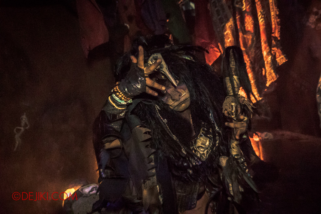 Halloween Horror Nights 7 Review - HEX haunted house / Midnight Man
