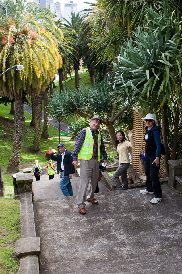 THP Hike_053-1<br /> The Hunger Project Hike4Hunger<br /> Alan Cobcroft, Mark Hornblow, Kimberley Wu and Sally Pilkington in Meyers Park in Auckland Central
