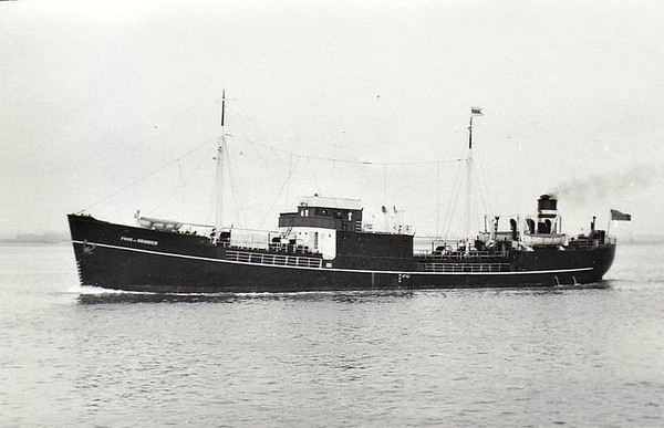 NON-STANDARD 'EMPIRE' SHIPS