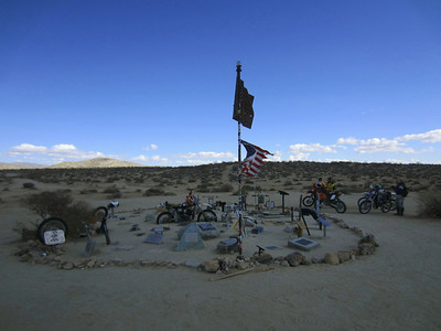 121110 Husky Monument