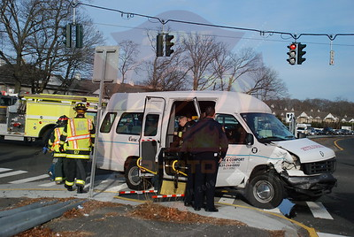 Amityville F.D. MVA/MCI Sunrise Hwy. and Coutnyline Rd.1/22/10