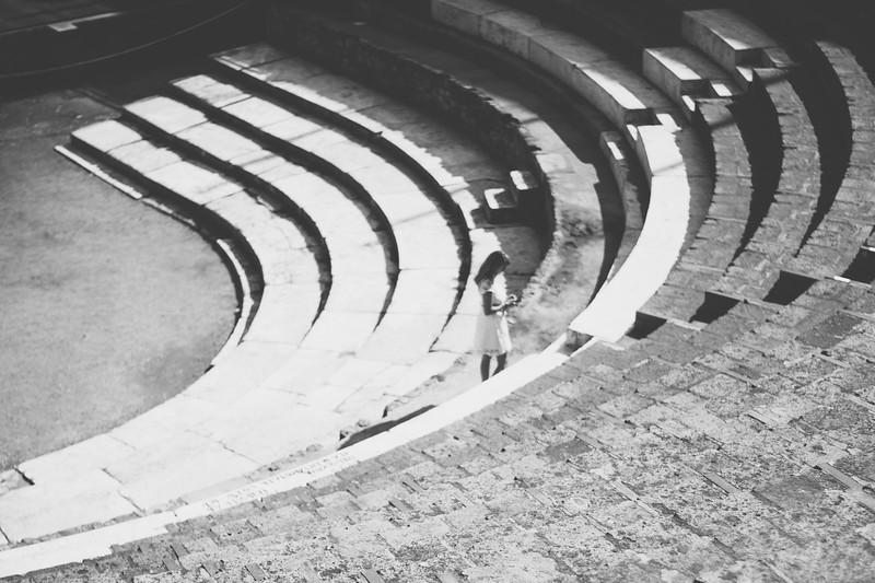 Nessa in Pompeii2048.jpg