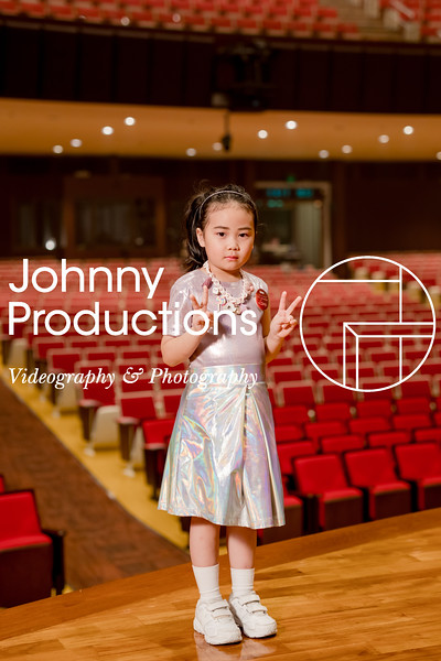 0045_day 1_orange & green shield portraits_red show 2019_johnnyproductions.jpg