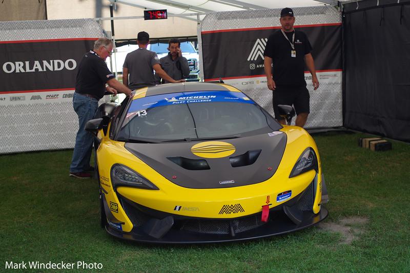 AWA McLaren GT4