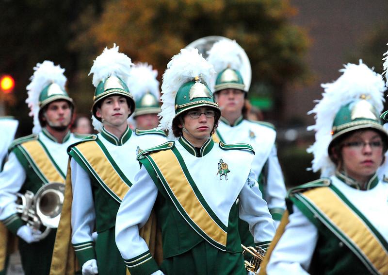 parade0169.jpg