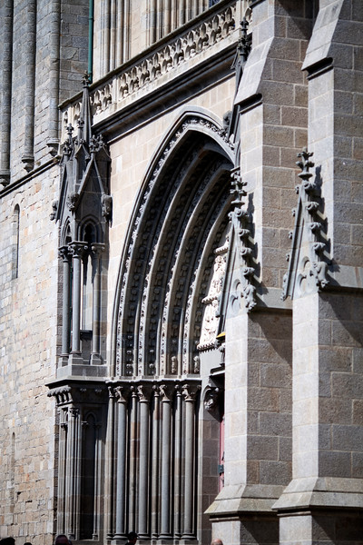 Side view of Saint Pierre Cathedral facade, Vannes, department of Morbihan, region of Brittany, France