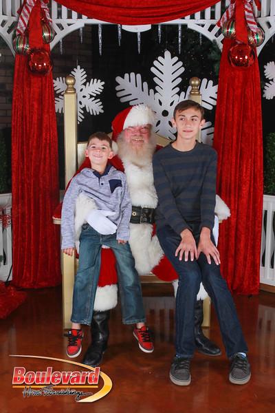 Santa 12-17-16-167.jpg