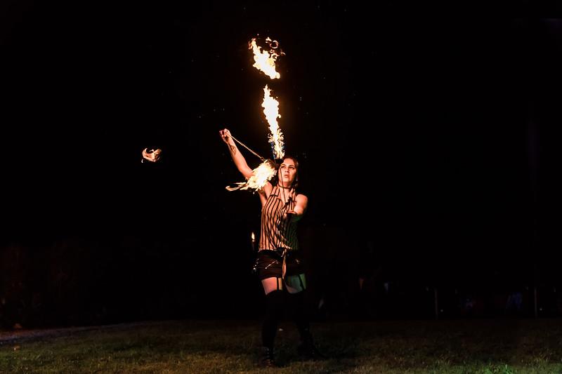 1398_Cirque de Fuego.jpg