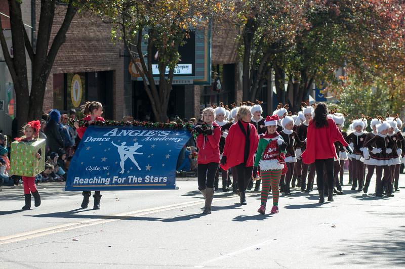22015 Asheville Holiday's Parade_45.JPG