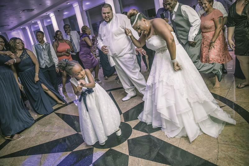 MER__1496_tonya_josh_new jerrsey wedding photography.jpg
