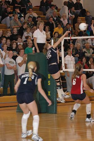 Var Volleyball vs Pius, 9-21-06