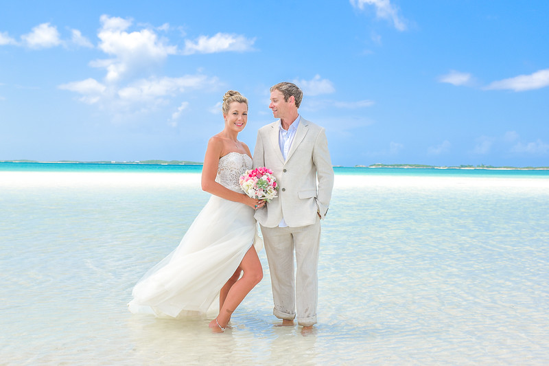 Private Sandbar Wedding in Exuma Bahamas photo by Reno Curling #renocurling