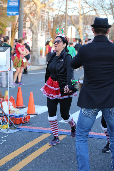 Toms River Police Jingle Bell Race 2015 - 01136.JPG