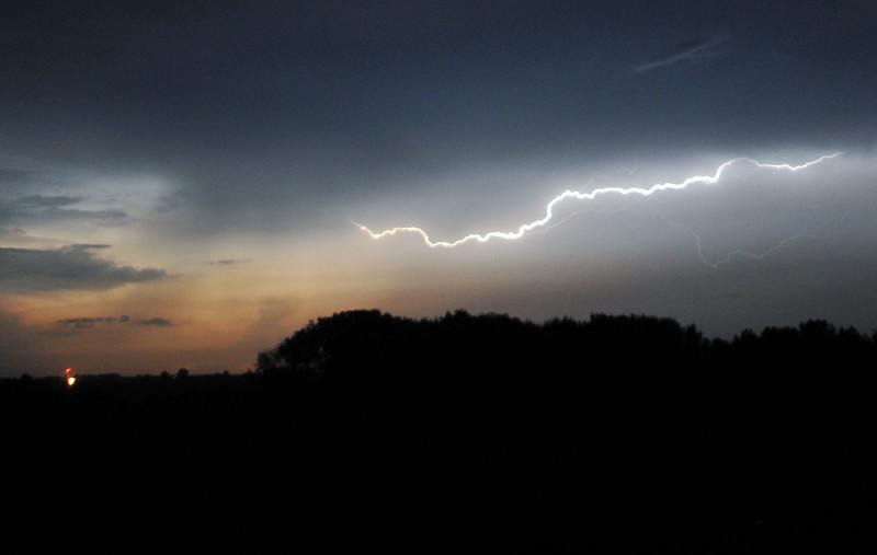 SKY LIGHTNING CAMP.jpg