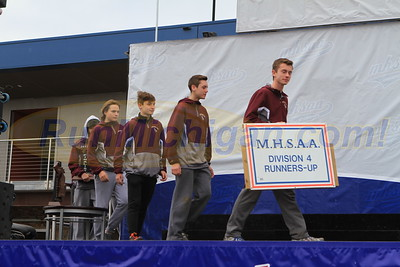 Team Awards, D4 BOYS - 2017 MHSAA LP XC FINALS