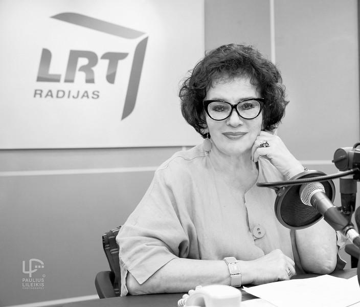 """LRT radijo """"Sveikinimų ratas"""" laidos vedėja Loreta Jankauskaitė 2015 m."""