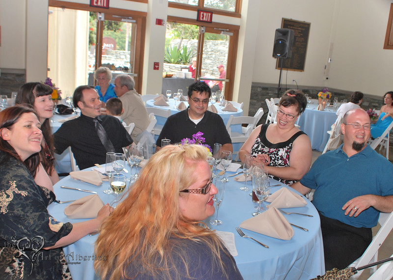 Wedding - Laura and Sean - D60-1145.jpg